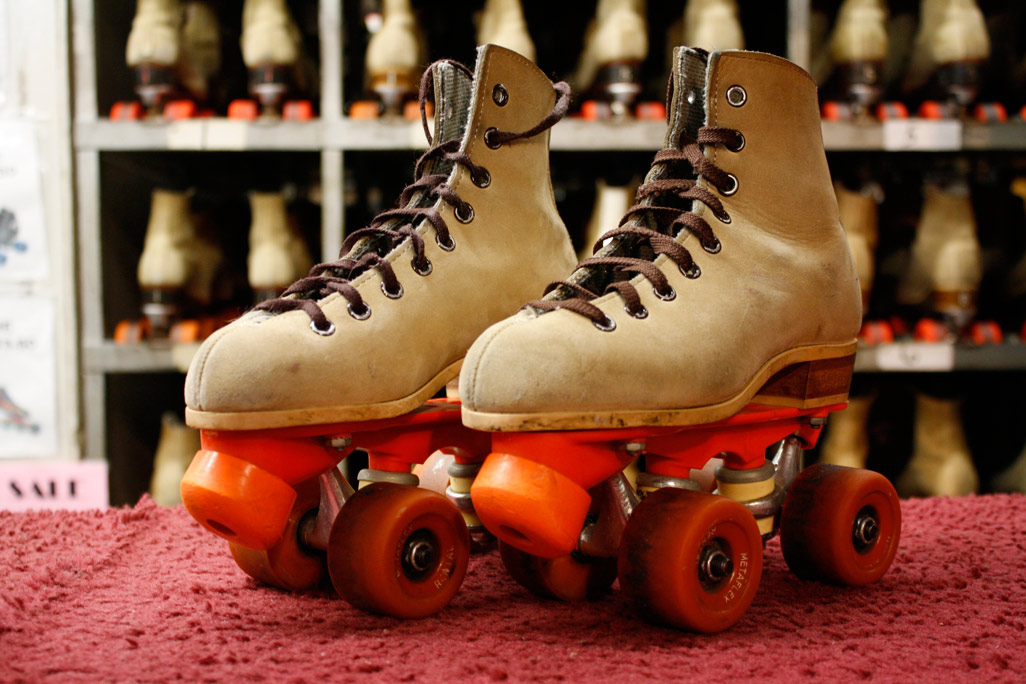 Remembering my first pair of roller skates laces and wheels